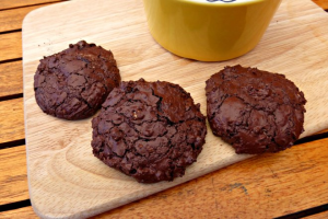 Chewy Chocolate Cookies with a Little Crunch