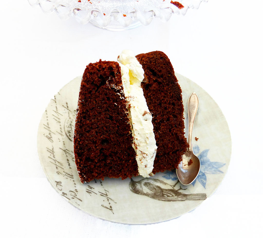 Guest Post: Chocolate Cake with Malteser Whipped Cream