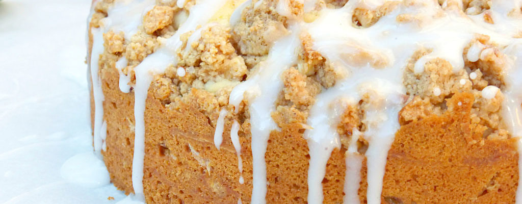 Cinnamon Apple Streusel Cake with a Greek Yoghurt Drizzle (Gluten Free)