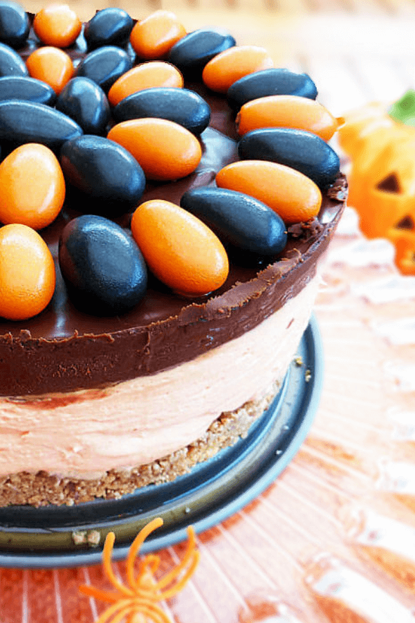 Halloween No-Bake White Chocolate Cheesecake