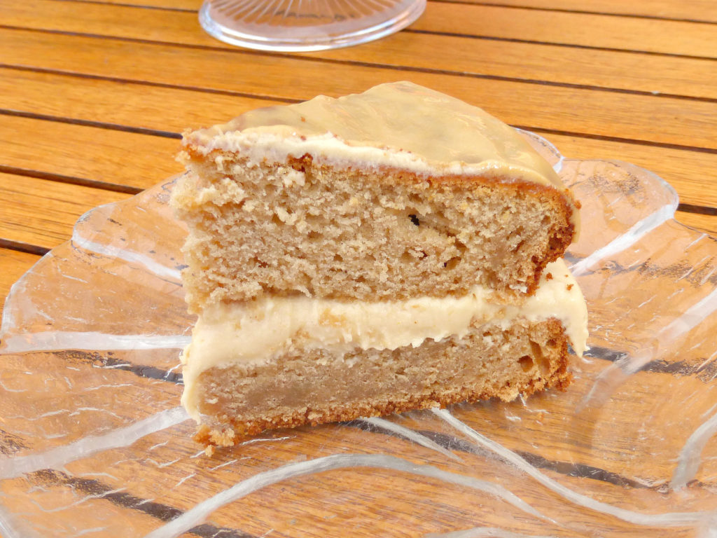 Autumn ginger and caramel cake with a caramel drizzle - soft, moist cake flavoured with cinnamon and ginger, filled with rich caramel buttercream and topped with a light caramel glaze