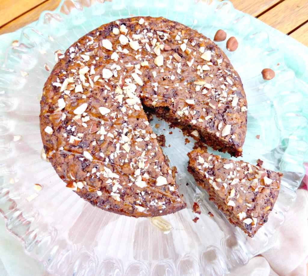 Hazelnut, Date and Dark Chocolate Cake (no refined sugar, butter or gluten)