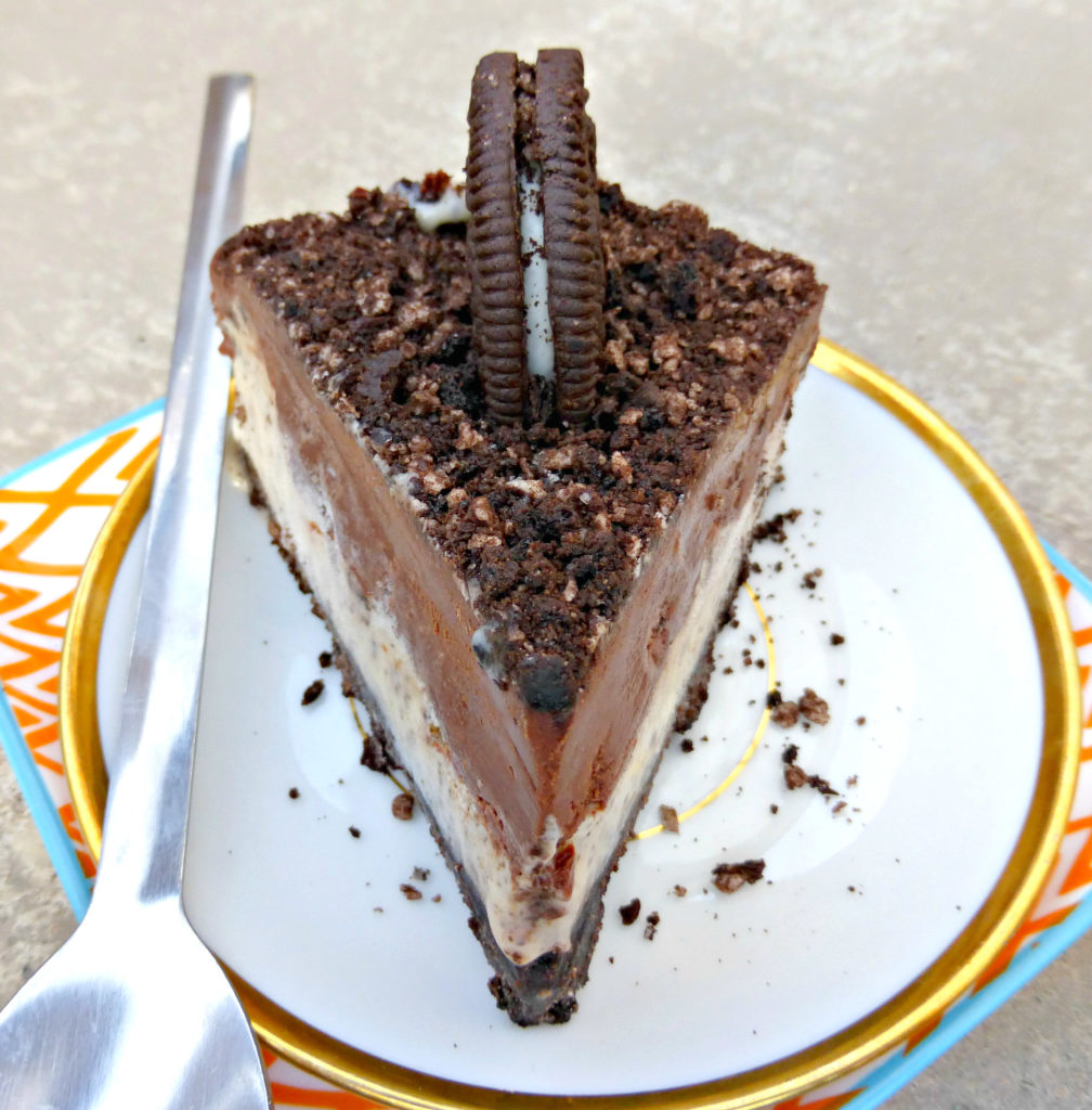 Oreo and White Chocolate Pie with a Dark Chocolate Ganache