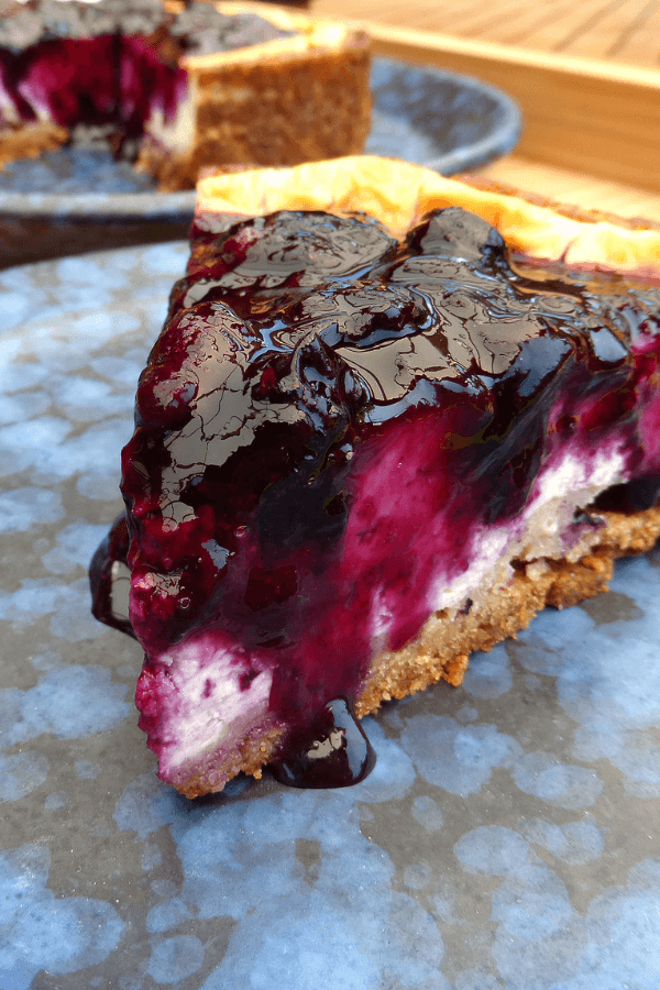 Baked Greek Yoghurt Cheesecake with Blueberry Compote (no refined sugar and gluten free)