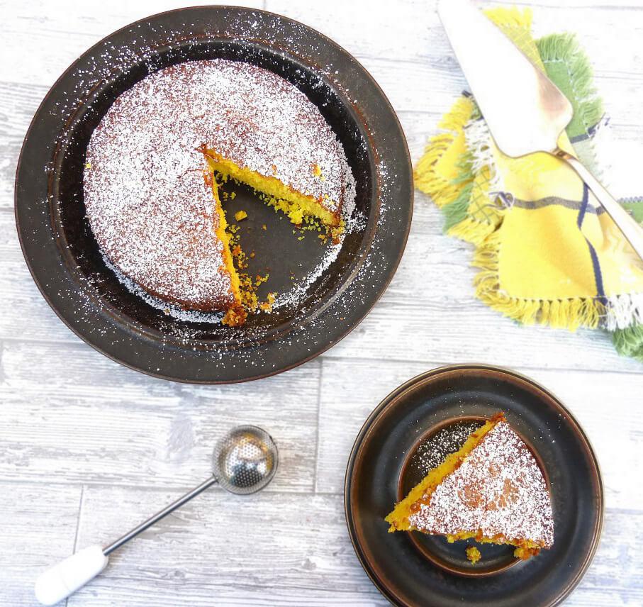 Swedish Saffron Cake (Saffranskaka)
